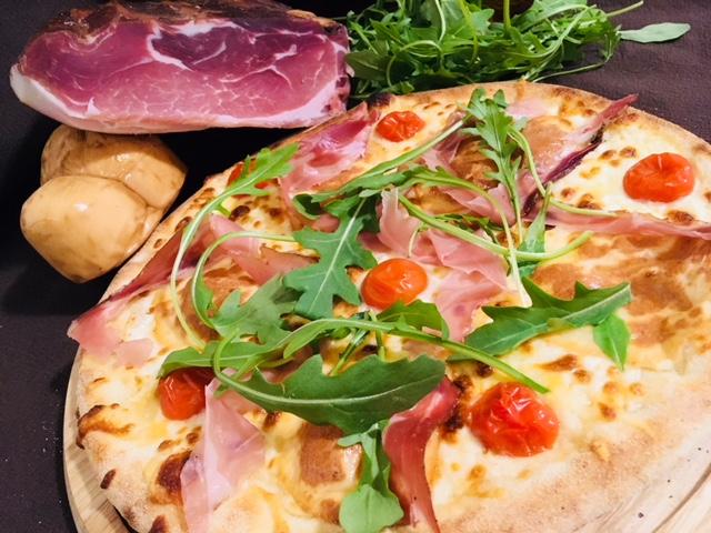 Pizza du mois de mai.jpg