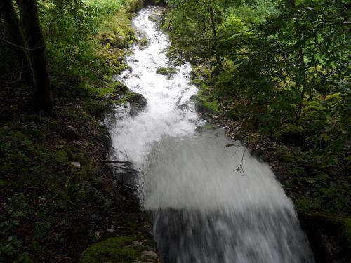 Le haut de la cascade