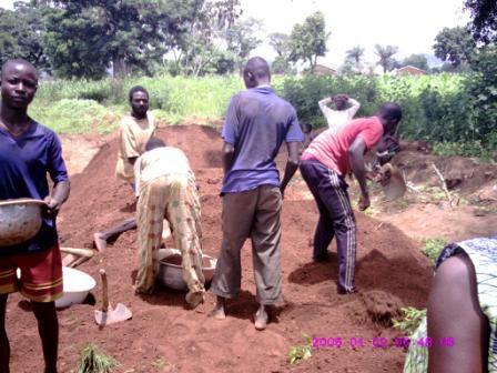 réparation d'une route à Landa (kara)