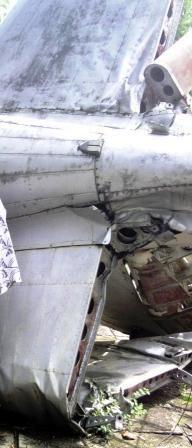 attentat de sarakawa, reste de l'avion
