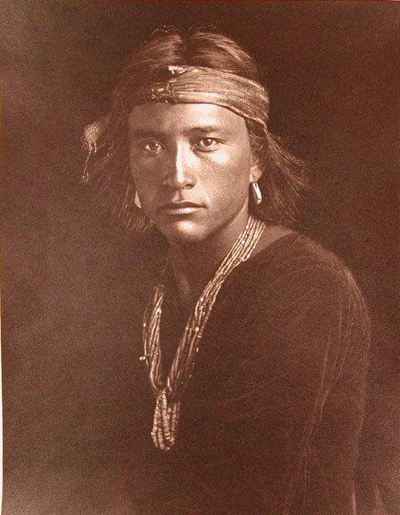 Photo de Karl Moon (A Navajo Boy 1907).jpg