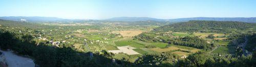 Panorama pris du village de Gordes