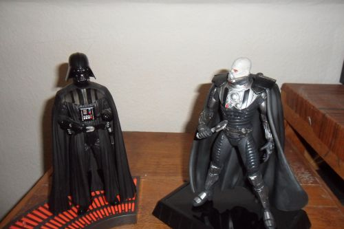 DARTH VADER et DARTH MALGUS