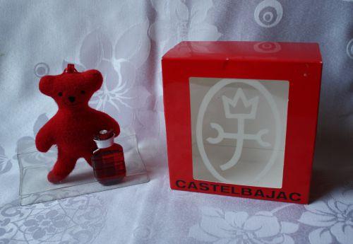 coffret nounours à parfumer : miniature eau de parfum 5ml et un nounours