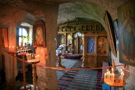 interior-lacas-de-cult-450x300.jpg