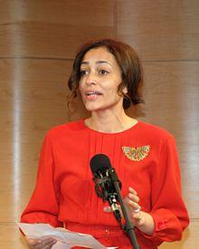220px-Zadie_Smith_NBCC_2011_Shankbone.jpg