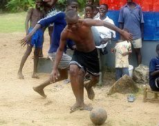 les espoirs déçus des jeunes footballeurs africains, bientot l'enquête