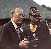 Prince_Bernhard_and_Mobutu_Sese_Seko_1973.jpg