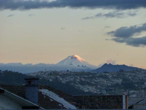 vue de notre terrasse a Quito