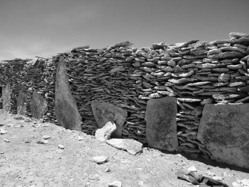 Mur de pierre dans le village de Challacota