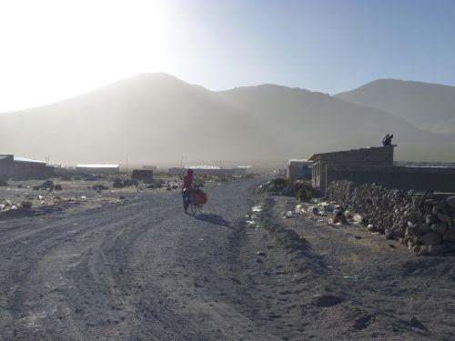 Ville desertique...et plastiques de Sabaya