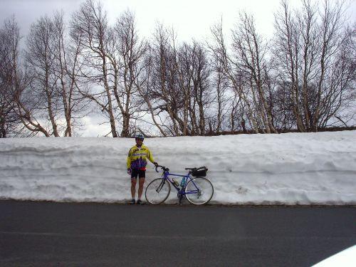 Vélo Auvergne printemps col de la Croix Saint Robert