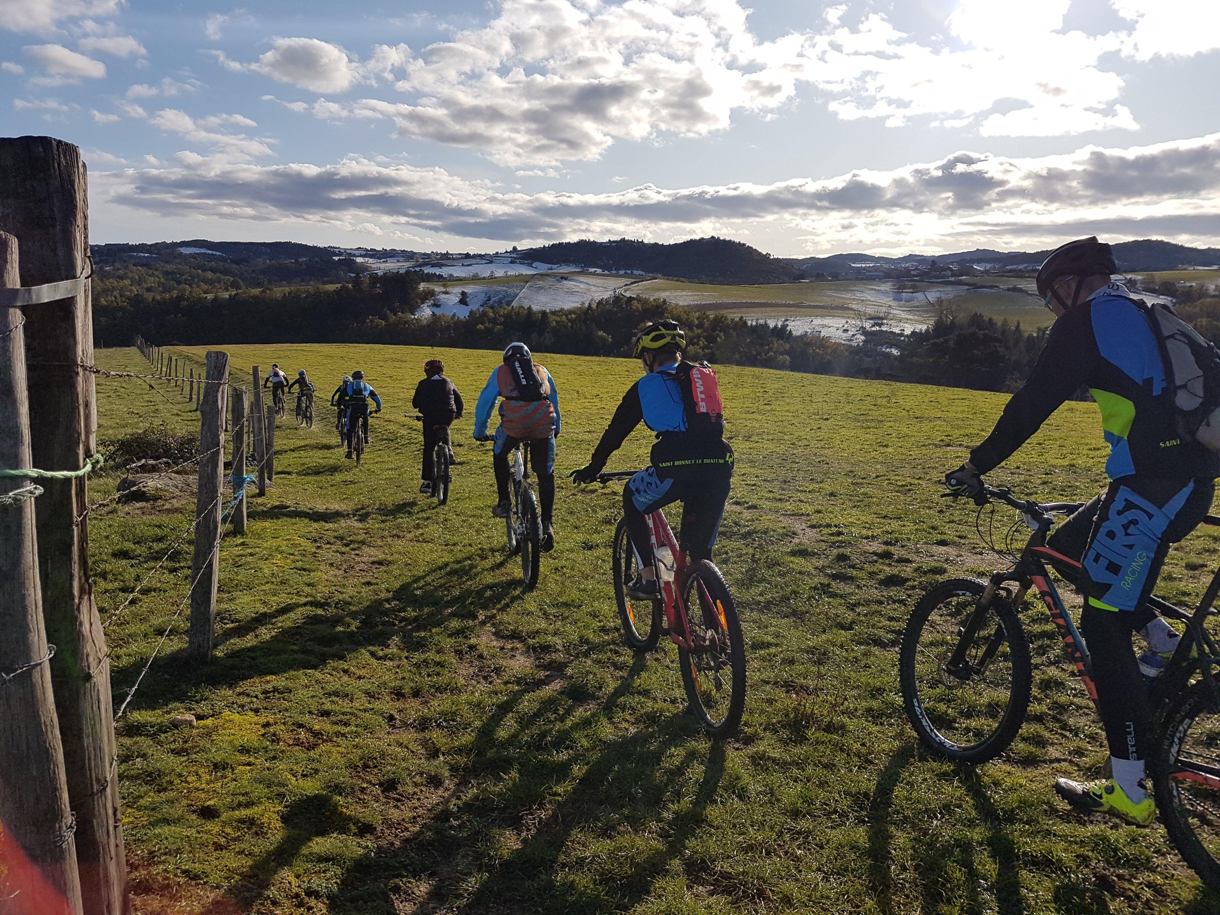 Momiz Team - Ecole Cyclo St Bonnet le Château