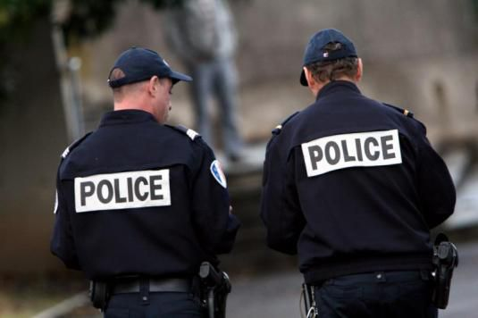 uniforme police nationale international police association. Black Bedroom Furniture Sets. Home Design Ideas