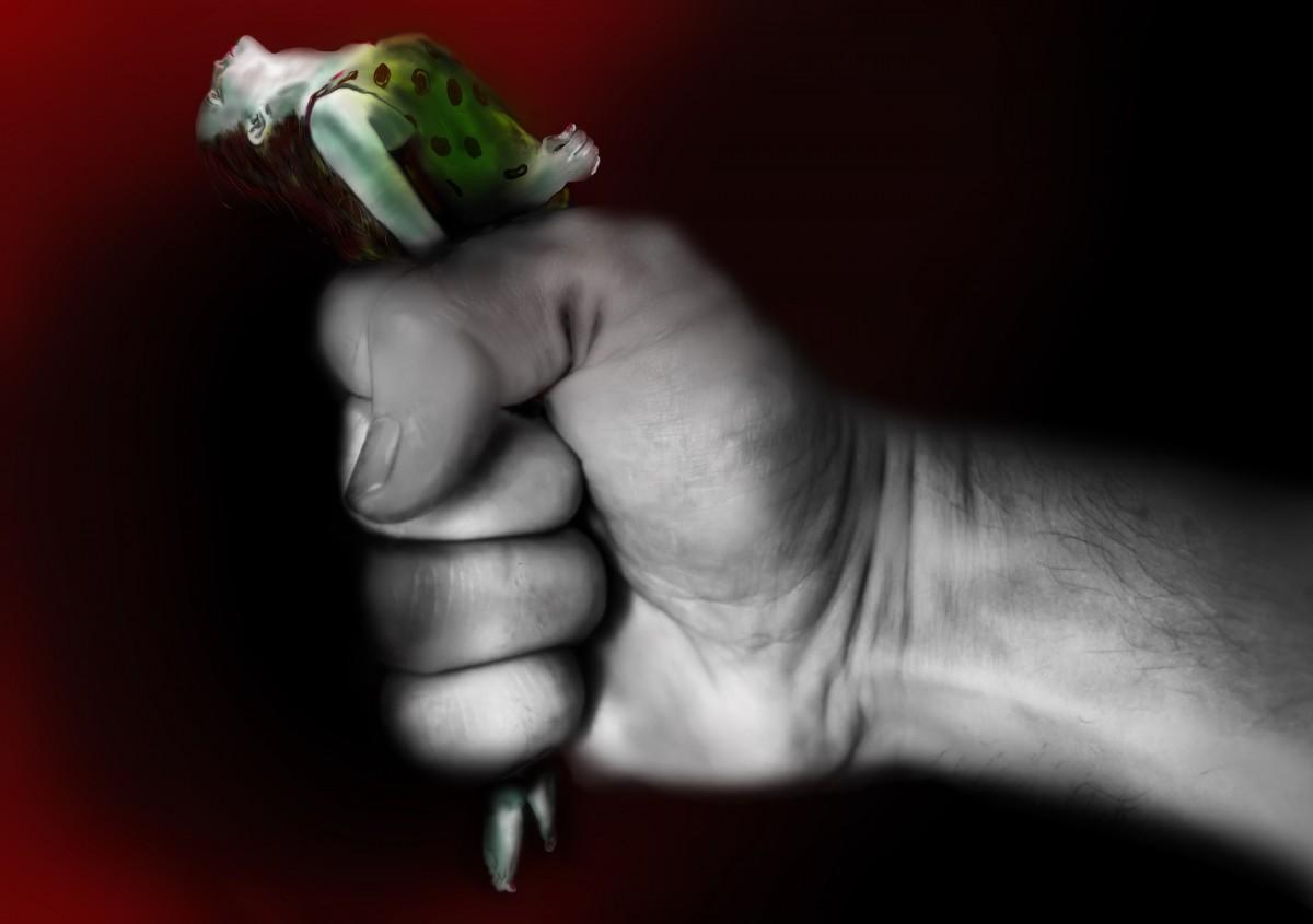 illustration_stalking_violence_captivity_abuse_fist_woman_women-1391196.jpg!d.jpg