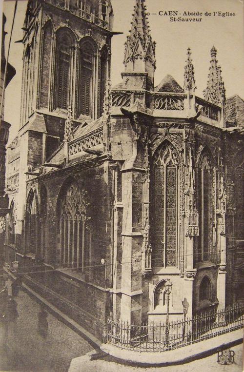14 Caen Abside de l'église St Sauveur.
