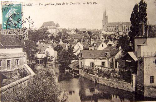 Chartres - Vue générale prise de la Courtille.jpg