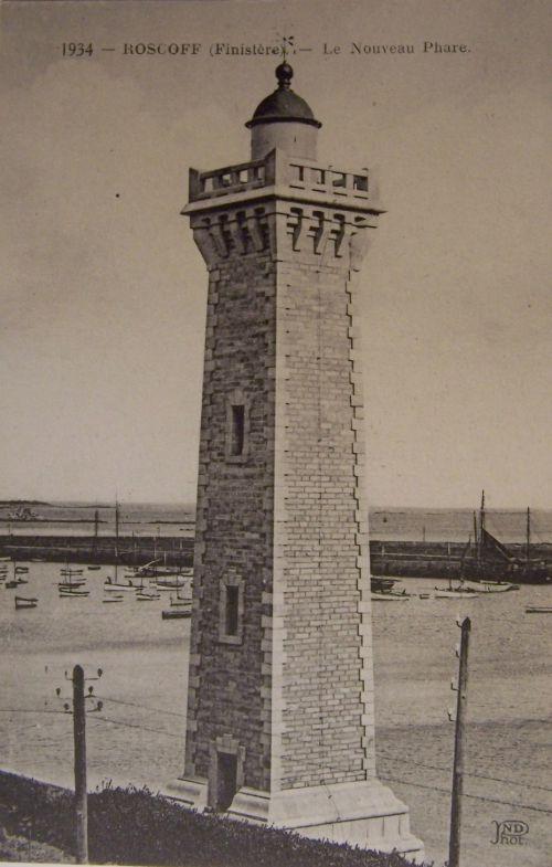 29 Roscoff - Le nouveau phare.