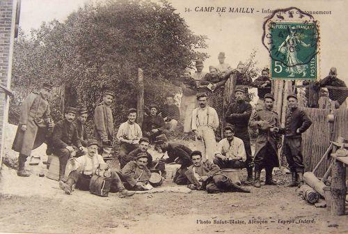 10 - Mailly le camp - infanterie en cantonnement