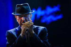 le-chanteur-canadien-leonard-cohen-le-5-juillet-2013-a-montreux-en-suisse_5303303.jpg