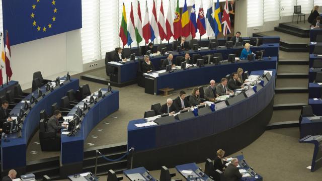 le-parlement-europeen-tire-la-sonnette-d-alarme-pour-la-presse-turque.jpg