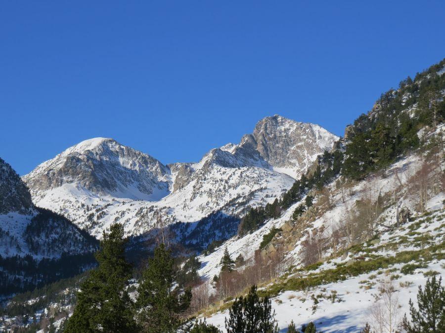 Les pics de Racò Petit et Racò Gros en hiver