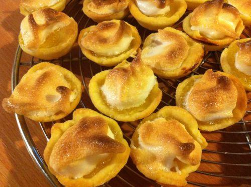 minis tartes au citrons meringuées