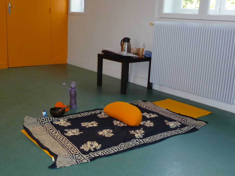 La salle pour les ateliers de relaxation espace corps et for Salle de relaxation