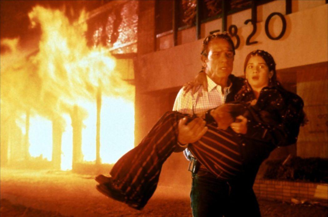 Volcano-meilleurs-films-catastrophes-1050x694.jpg