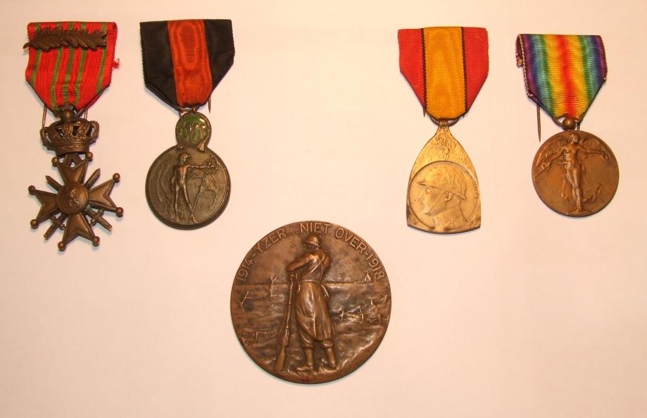 Médailles 14-18 Jérôme Bartier.jpg