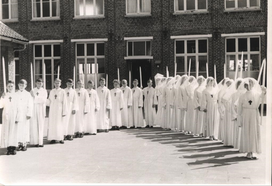 Communion solennelle 1966 (Yves...).PNG