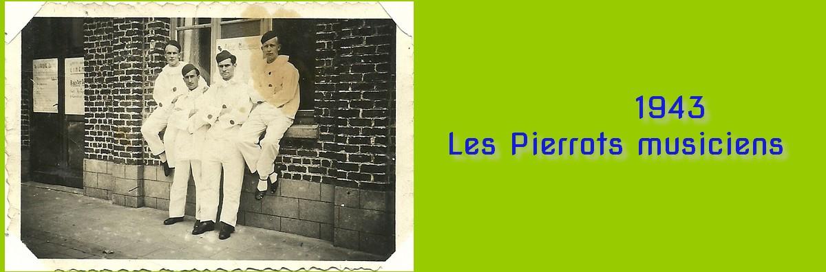 Pierrots musiciens JPEG.jpg