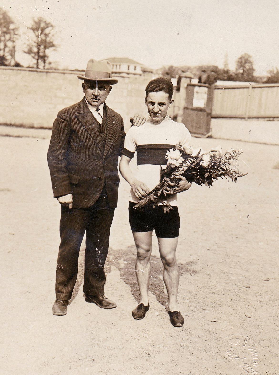 Fernand et André Luguet 1930.jpg