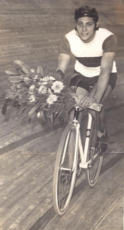 Pierre Chazaud (1919-200I)