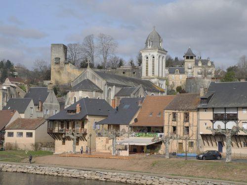 PERIGORD NOIR : Ville de Montignac