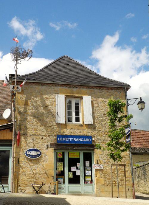 PERIGORD NOIR : Village de Saint-Geniès
