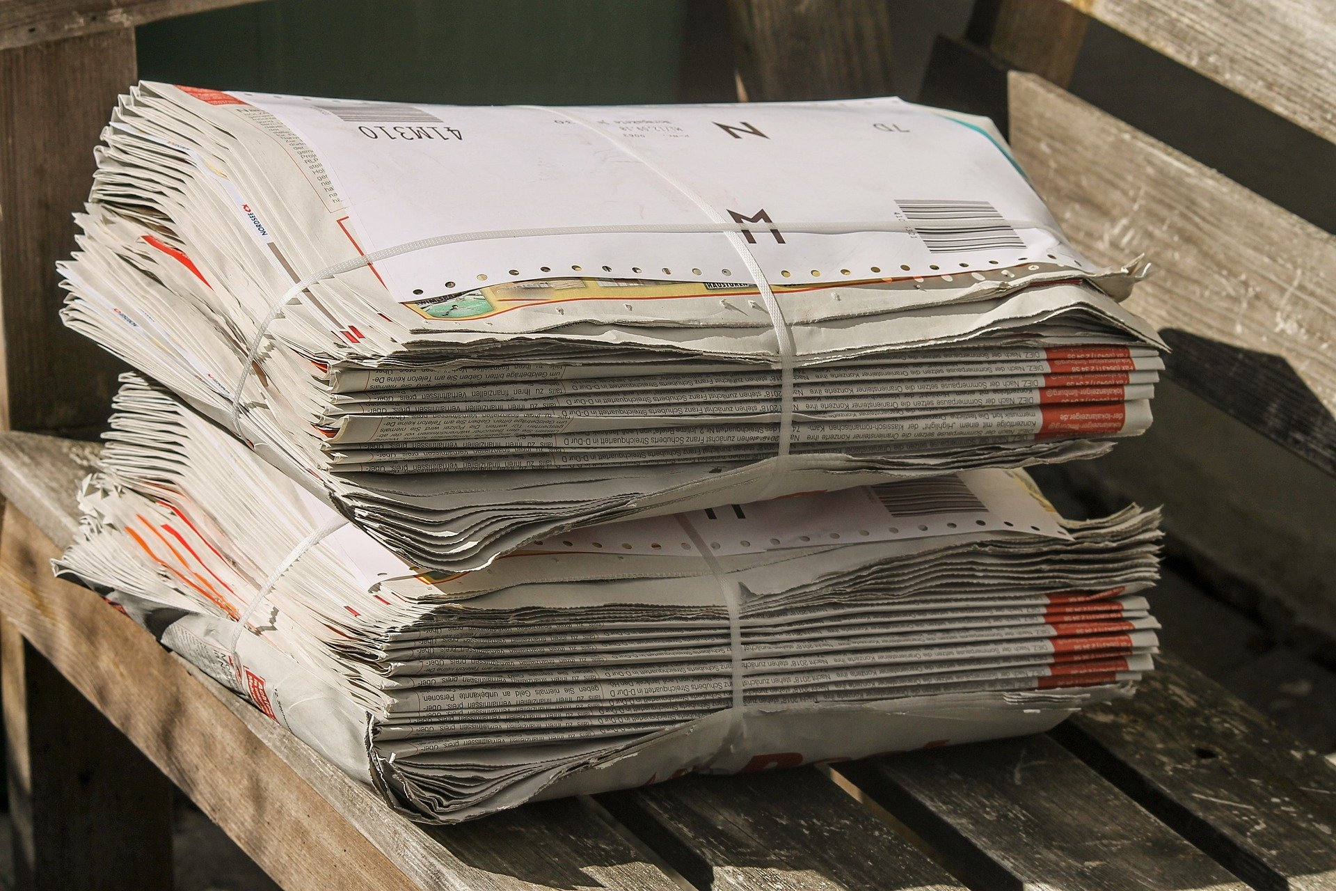 newspapers-3670570_1920