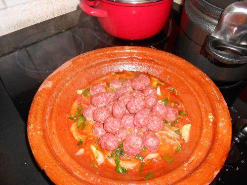 suite tajine a la tomate et viande hache