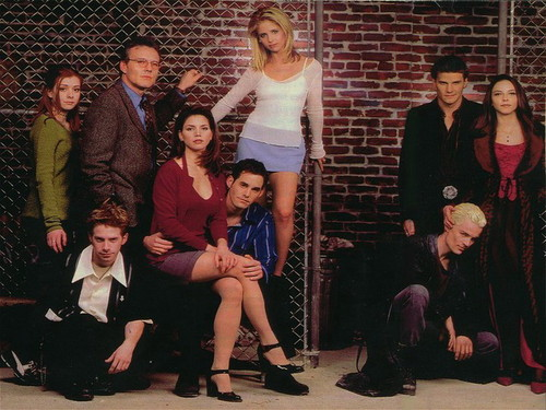 Buffy-the-Vampire-Slayer-buffy-the-vampire-slayer-28958057-500-375.jpg
