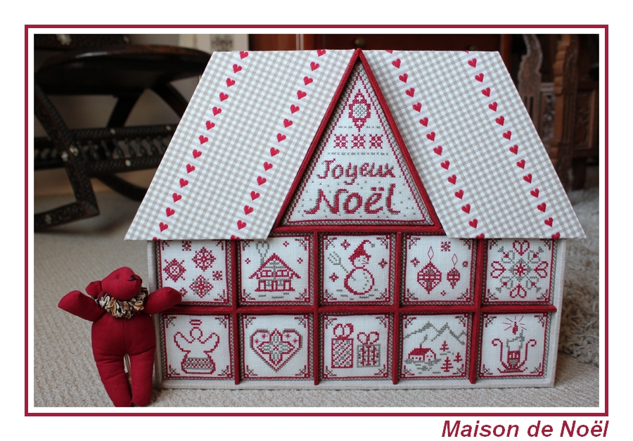 photo boutique maison de Noël.JPG