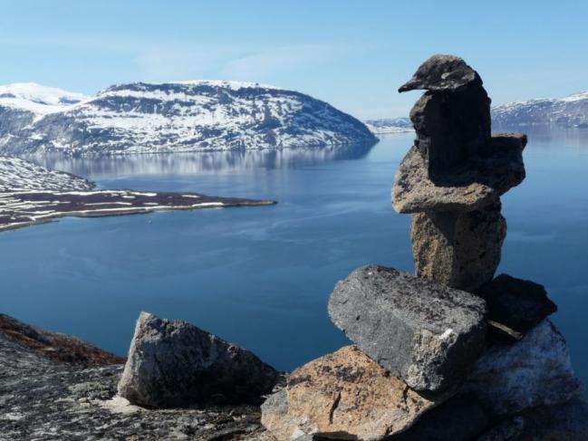 Kalaalit nunaat cairn [1024x768].JPG