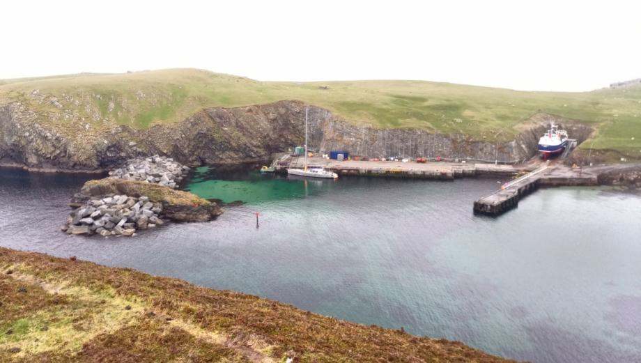 Zéro a Faire Isles.  Un paradis pour les oiseaux. Entre Shetlands et Orcades.