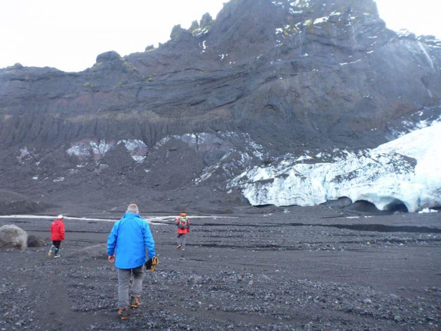 un glacier du '' la fiat qui recule ''