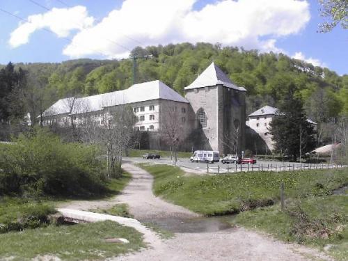 Ronceveaux refuge.jpg