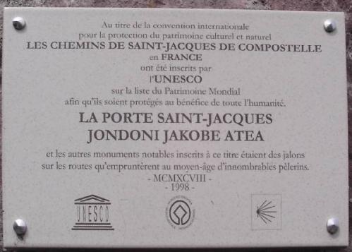St Jean PdeP Porte St Jacques.jpg