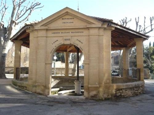 Vers-Pont-du-Gard.JPG