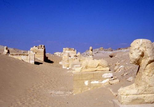 12-2 medinet_maadi_sous le sable en 1978.jpg