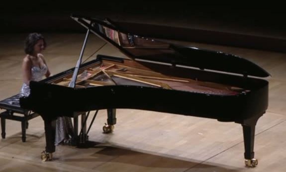 23 - 3  Khatia BUNATISHVILI Pianiste.JPG