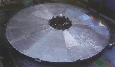 42_Assemblage du cryostat.jpg