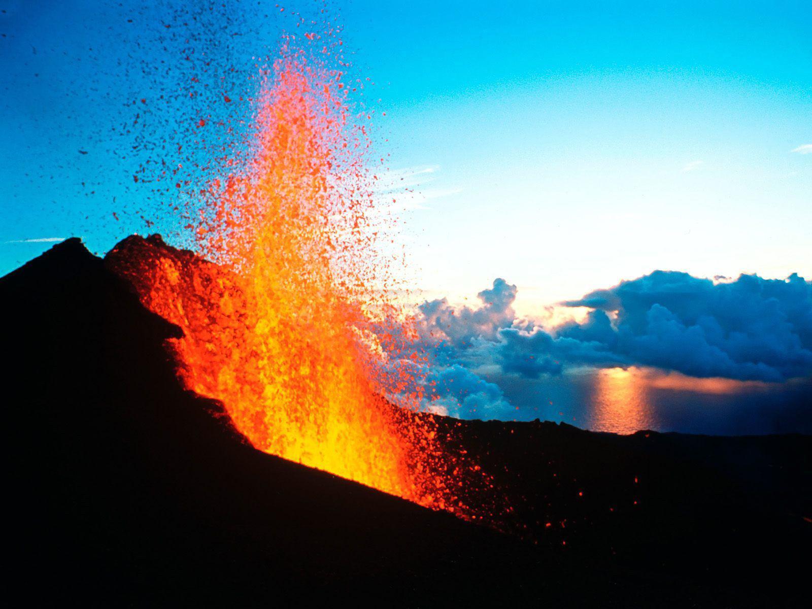 11 - 3 - Eruption 27-4-18.jpg